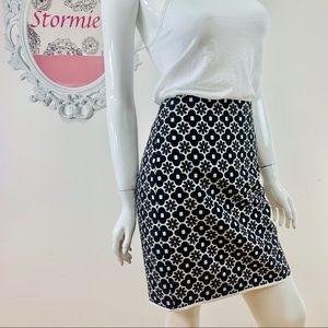 Studio M \ Floral Black White Pencil Skirt